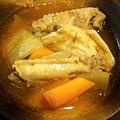 写真: 溝辺の韓国料理屋『洪家苑』800円バイキング。中でも、この鶏スープが ...