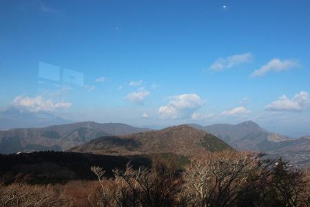 大涌谷の山1