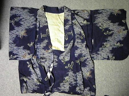 リメイク予定の祖母の和服