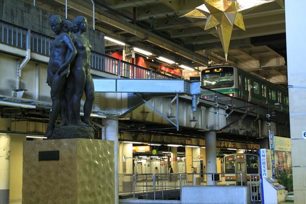 写真: 上野駅 1階コンコース(改札内)