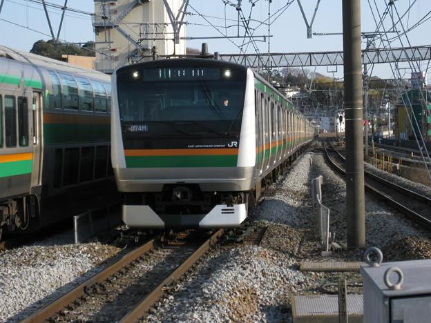 東海道線E233系15両編成 in戸塚