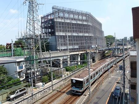 東京工業大学 エネルギー環境イノベーション棟 建設中