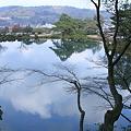 兼六園 霞ヶ池  青空と雲 (横画像)
